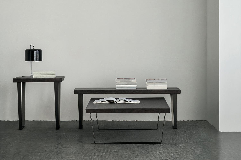 Ponte, collezione di tavolini bassi rettangolari o quadrati alti