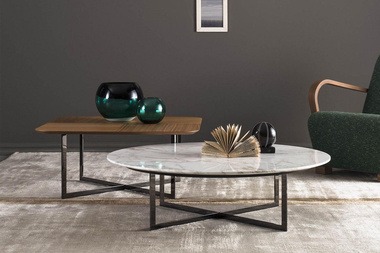 Profile, collezione di grandi tavolini da caffè quadrati e rotondi
