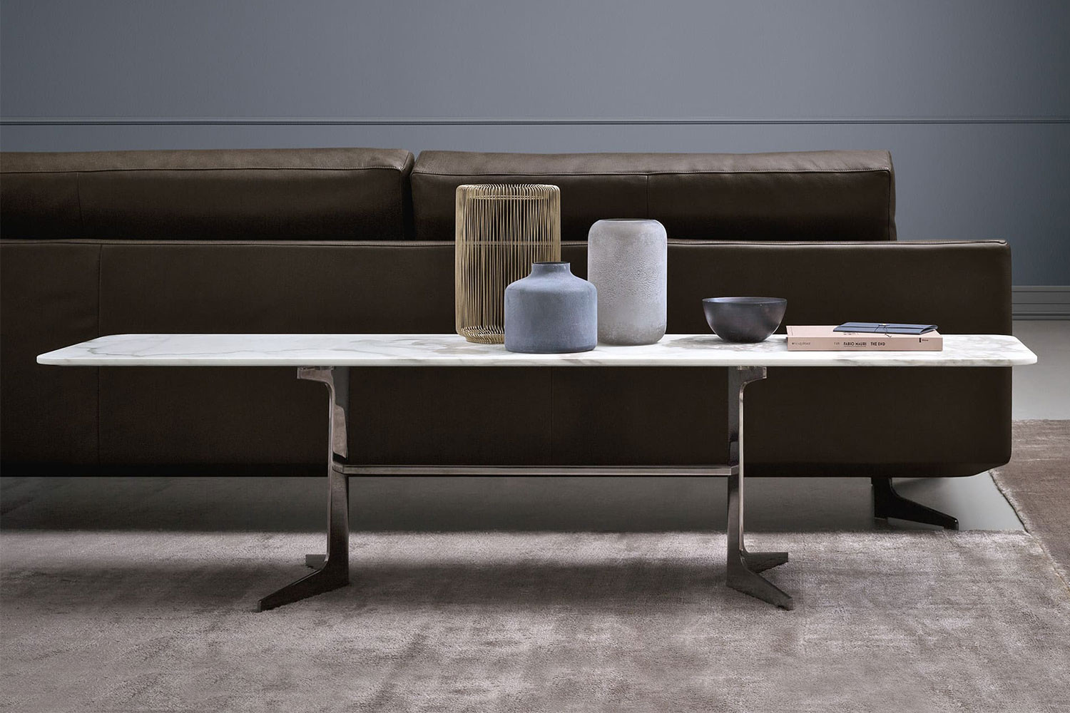 Low sofa-back table with y-shaped metal legs, rectangular or l-shaped top