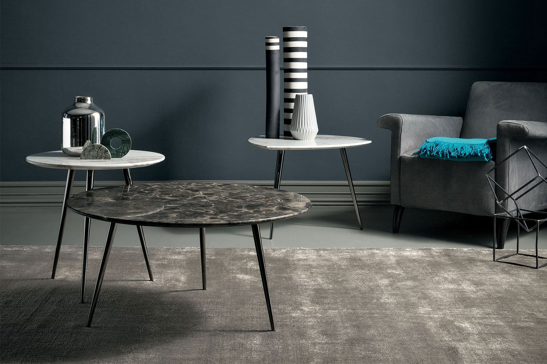 Modern mid century coffee table with extra slim metal legs