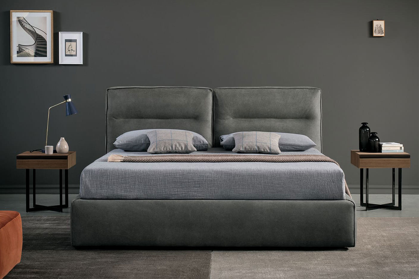Upholstered king size pillow headboard bed available in size 160x200 cm, 180x200 cm or 200x200 cm