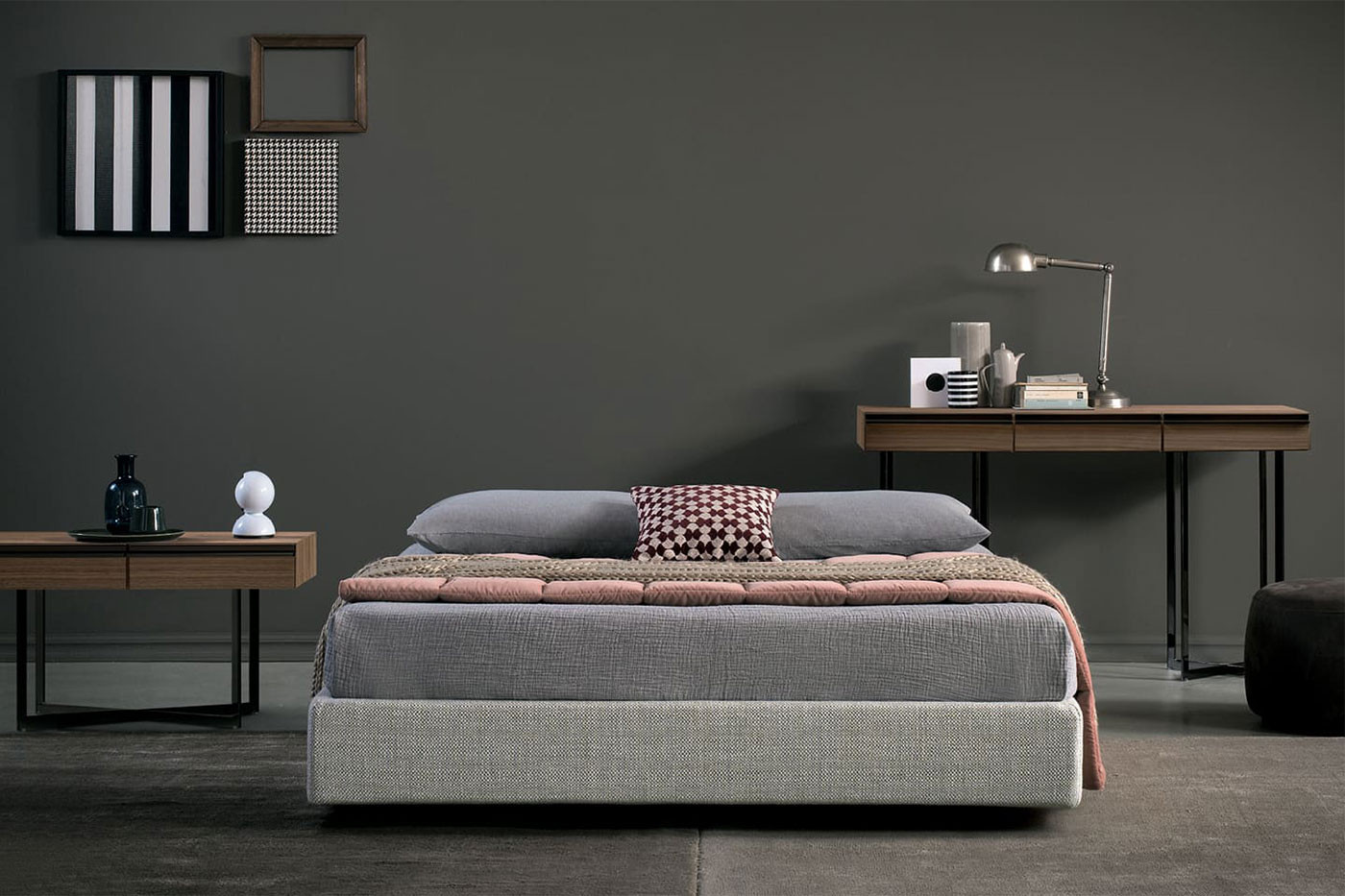 A space saving upholstered bed without headboard or footboard, available with or without storage