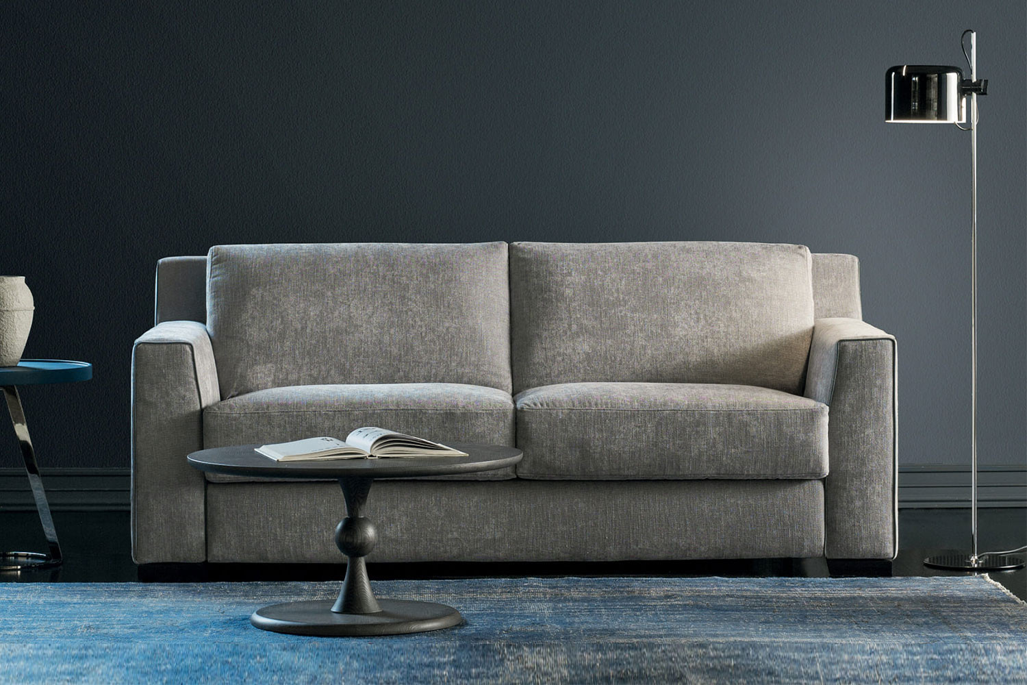 2-3 seater pocket sprung sofa bed with a Simmons mattress 18 cm thick