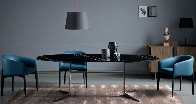 Esstisch mit zwei Metallbeinen, ovaler oder rechteckiger Platte für 8 bis 10 Personen
