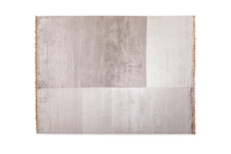 Frame, moderner Teppich mit geometrischem Design-Muster und Fransen