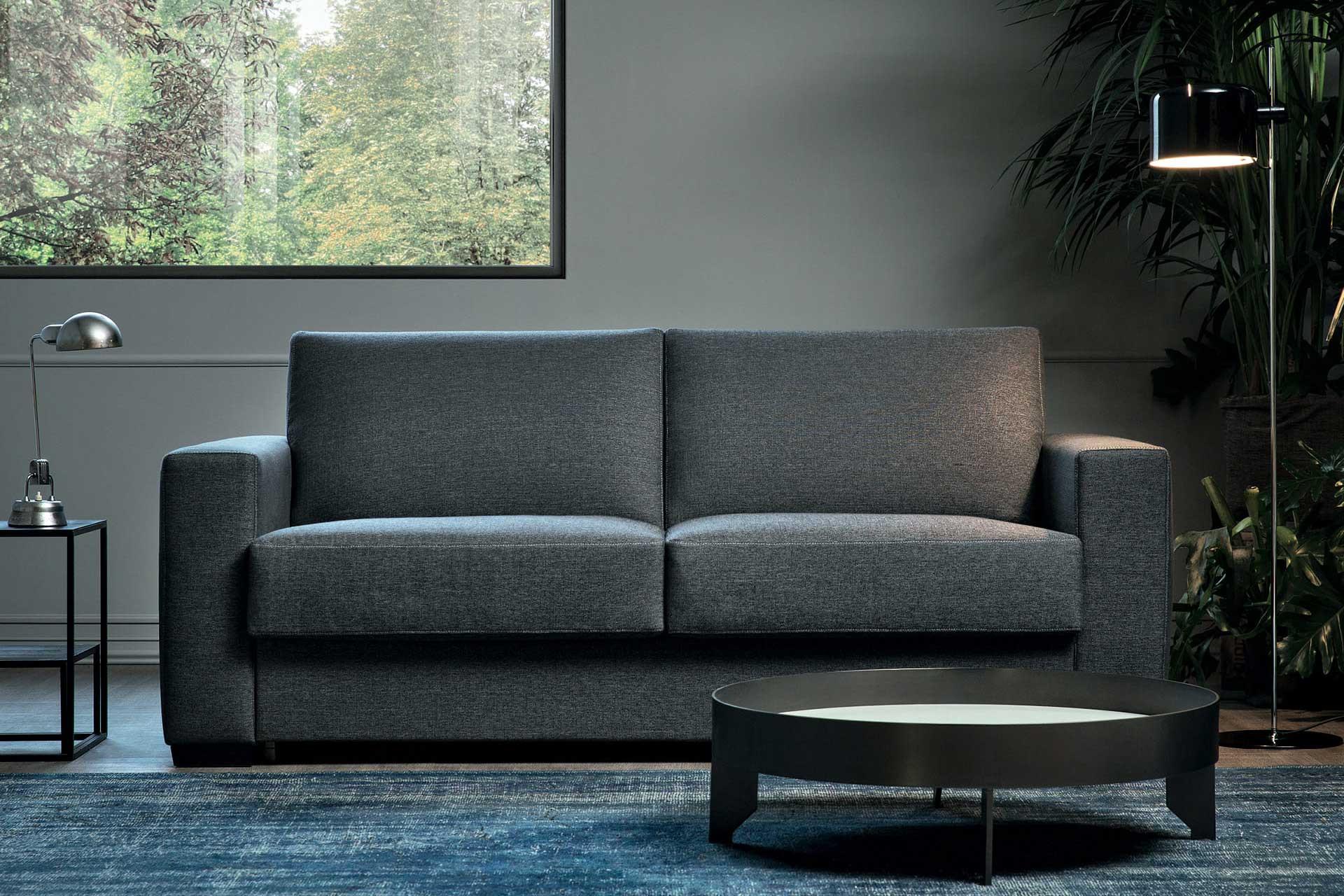 Magnum, divano letto lineare per uso quotidiano