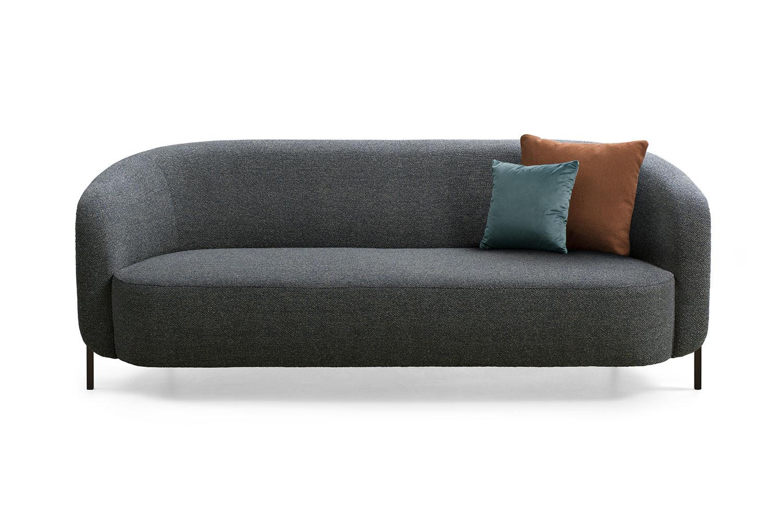 Ring, divano a 2/3 posti con seduta unica e schienale curvato